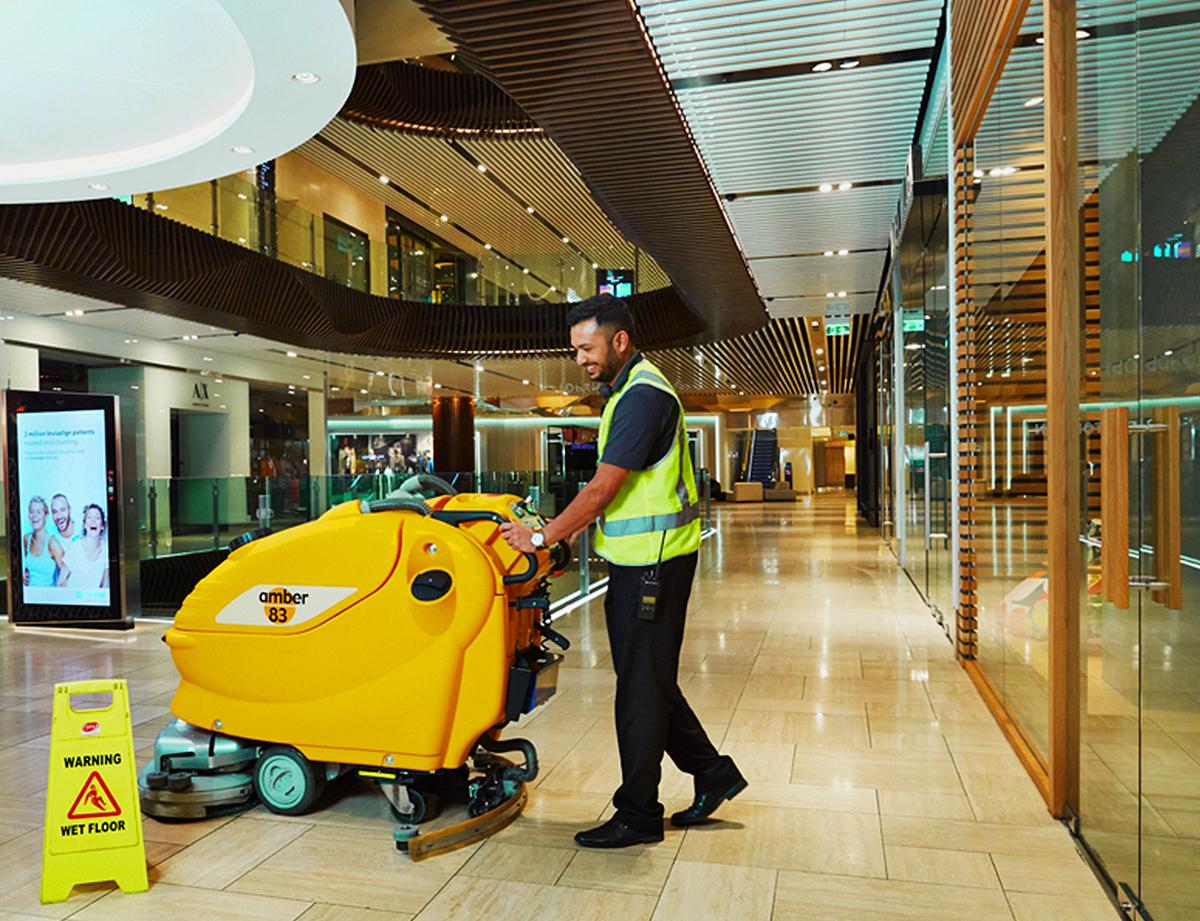industrial-floor-cleaner