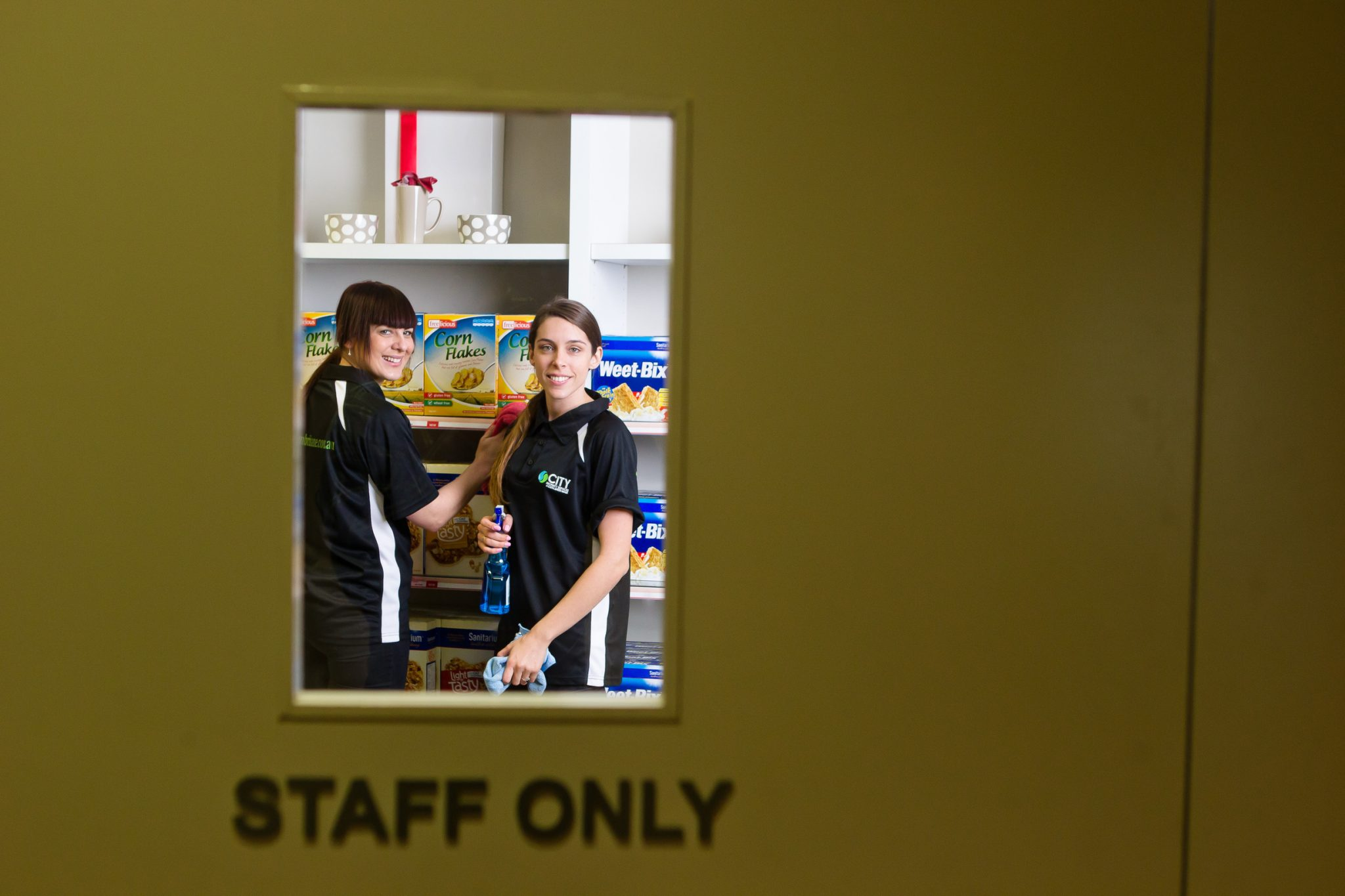commercial kitchen cleaning tips
